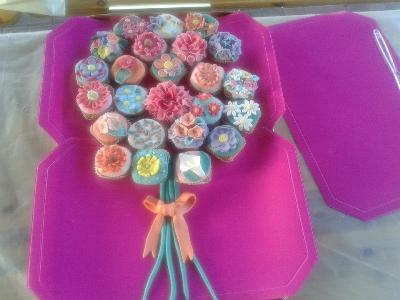 """Associazione Dream Team - Laboratorio """"cupcake fioriti"""""""