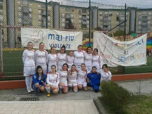 Il calcio femminile a Napoli: l'esperienza della Dream Team Arciscampia
