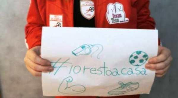 #iorestoacasa: la campagna social della Dream Team Arciscampia